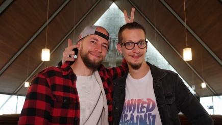 Chris Schlicht und Max Bode sind Pastoren in der Emmausgemeinde in Bremerhaven.